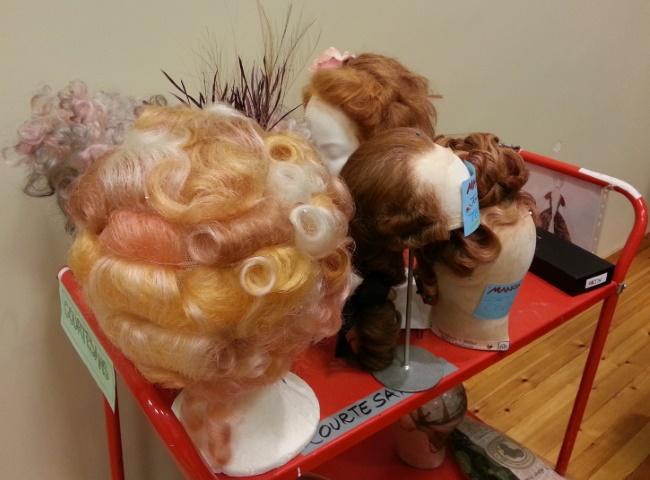 Manon-wigs.jpg